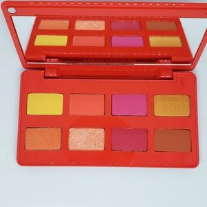 NEW Artist Couture Caliente eyeshadow palette